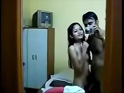 Desi teen girl enjoy with her bf - HornySlutCams.com